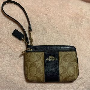 COACH Double Corner Zip Wallet Wristlet